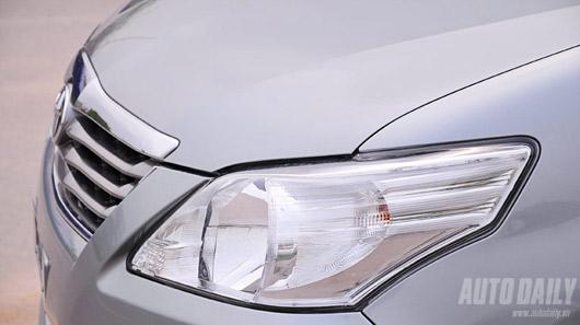 """Toyota Innova 2012 - """"Tốt gỗ hơn tốt nước sơn"""" - 3"""