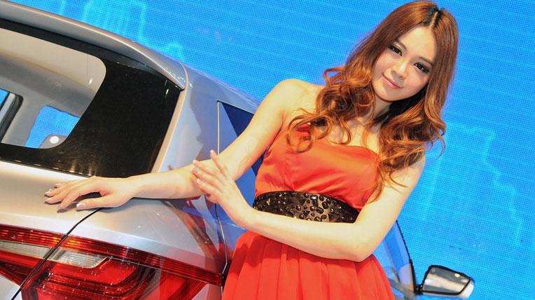 Người đẹp triển lãm ôtô Bắc Kinh 2012