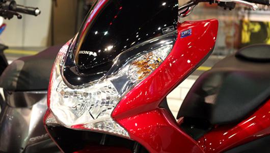 Honda giới thiệu PCX 2013 tiết kiệm nhiên liệu hơn - 2