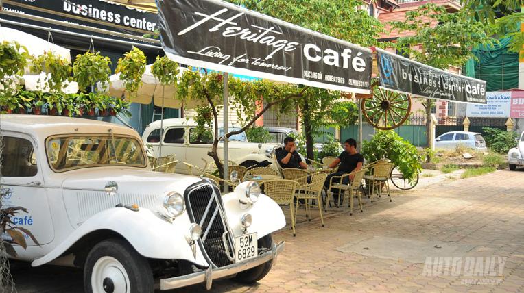 Classic Car Café