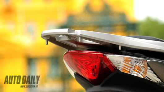 "Honda SH 125i mới - ""Xác SH, hồn PCX"" - 4"