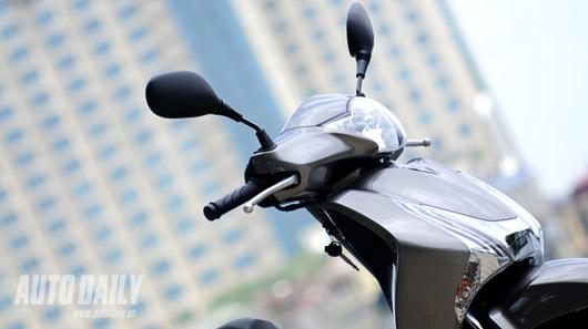 "Honda SH 125i mới - ""Xác SH, hồn PCX"" - 2"