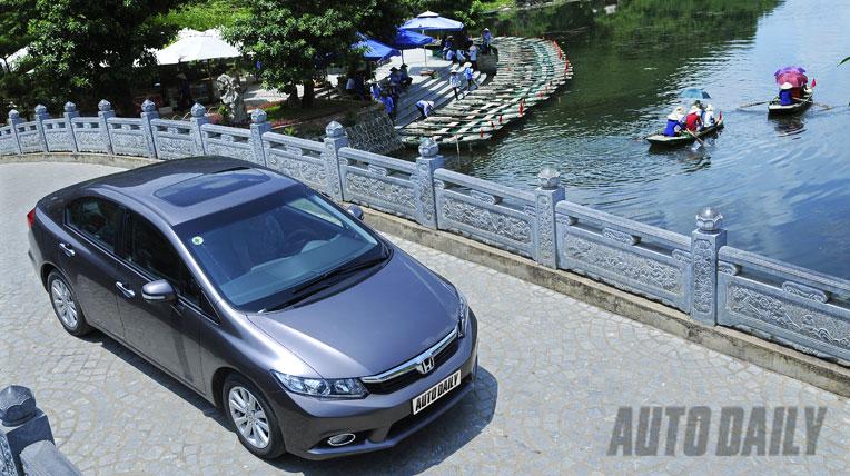 Honda Civic 2.0AT 2012