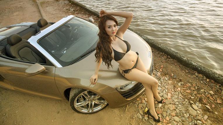 Audi R8 Spyder và người đẹp bên sông Sài Gòn