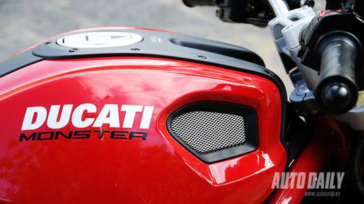 """Cảm nhận """"quái vật"""" Ducati Monster 795 trên đường phố Việt - 2"""