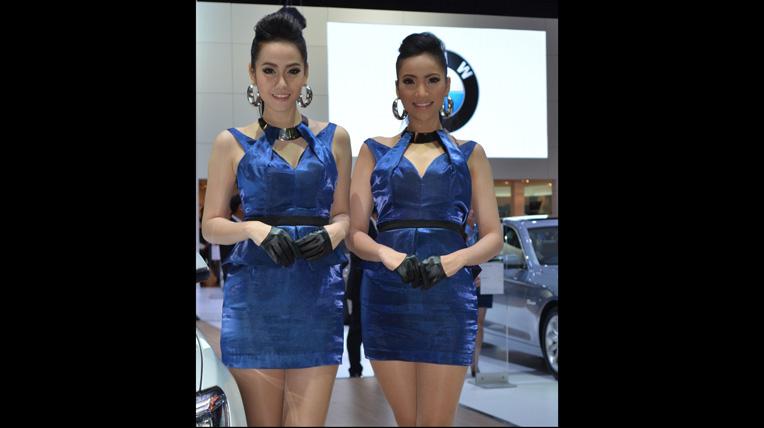 Ngắm vẻ quyến rũ của gái Thái tại Thai Motor Expo