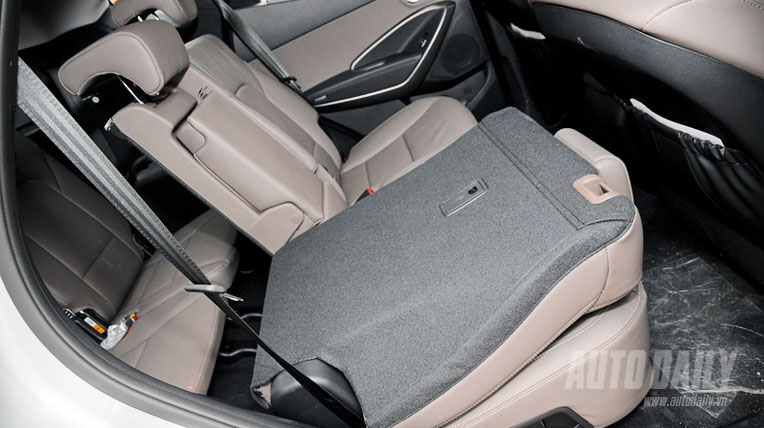 Hyundai Santa Fe thế hệ mới hấp dẫn hơn cũ