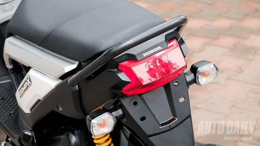 """Honda Zoomer X 2012 - Xe tay ga """"khác người"""" tại Việt Nam - 4"""