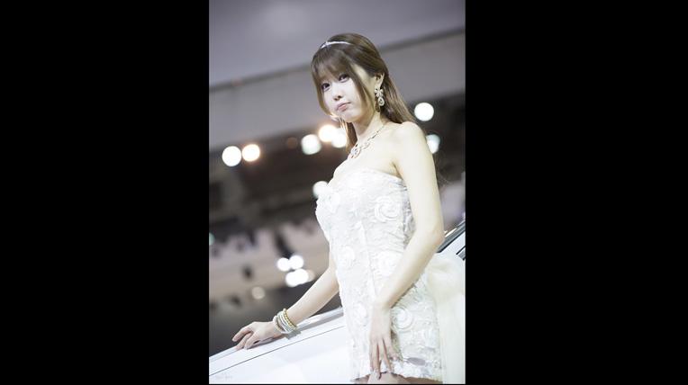 Heo Yoon Mi khoe vẻ sexy khó cưỡng