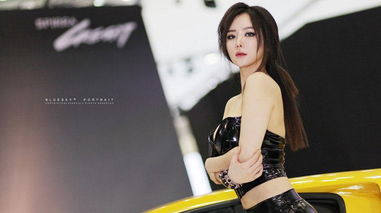Im Ji Hye sexy tại Seoul Motor Show 2013