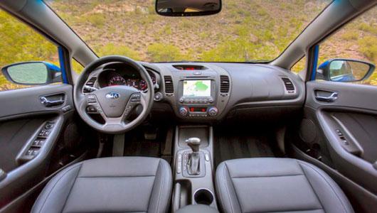 Điểm mặt 10 xe có nội thất bắt mắt nhất 2013