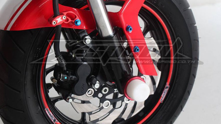 """Honda MSX125 """"độ"""" thành Ducati Monster"""