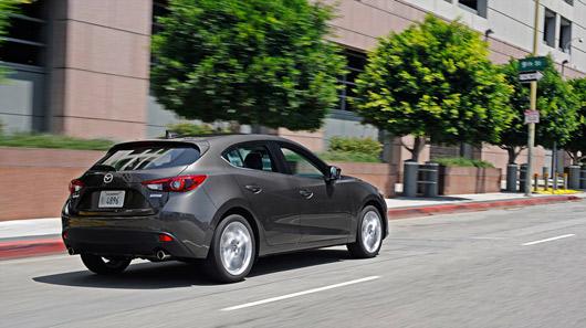 Đánh giá mẫu xe hấp dẫn nhất của Mazda - Mazda3 - 1