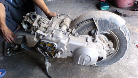 động cơ xe cũ