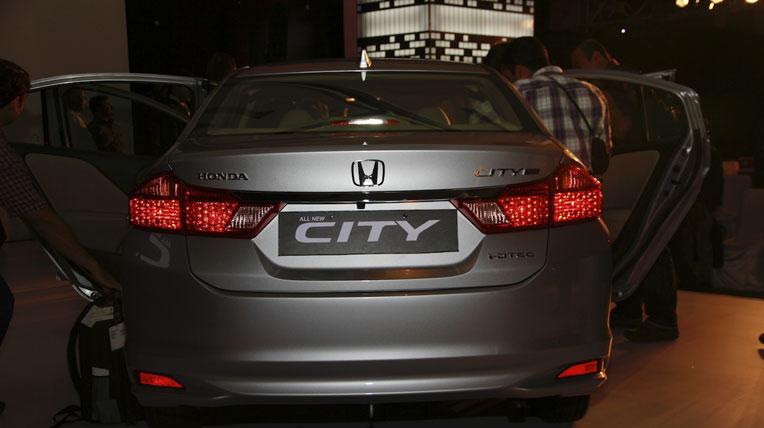 Ảnh chi tiết Honda City 2014