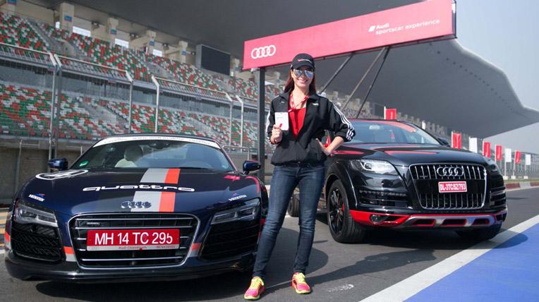 Thúy Hạnh, Trang Nhung tại trường đua F1